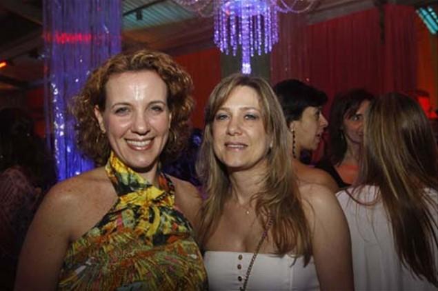 Gláucia Benvenuto e Denise Ratine Flud, em espaço de eventos no bairro Jardim