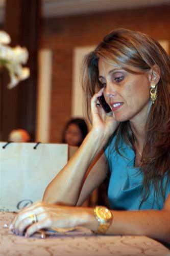 Angélica Pina coloca a conversa em dia